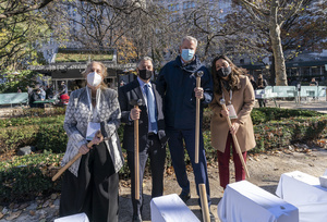 Manhattan Borough President Gale Brewer, Chairman and CEO of SL Green Realty Corporation Marc Holliday, Mayor Bill de Blasio, City Council member Carlina Rivera seen during groundbreaking ceremony for One Madison Avenue at Madison Square Park. More than one billion dollars were committed to create this green project.