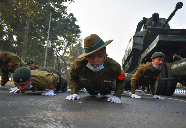 Indian Army soldiers, West Bengal Police take part in the rehearsal for the Republic Day parade in Kolkata.