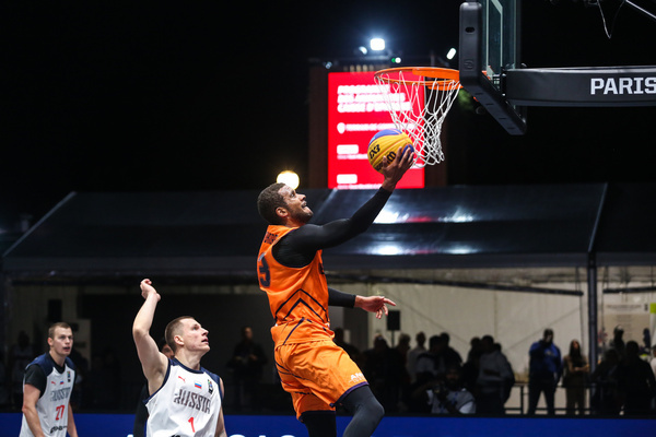 Dimeo van der Horst (Netherlands) in action during the first day at the FIBA 3x3 Europe Cup 2021 in Paris.