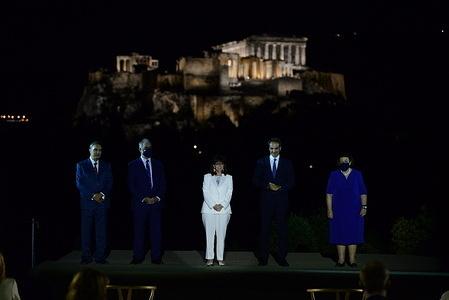 From the left: President of the Onassis Foundation Antonis S. Papadimitriou, Konstantinos Tasoulas President of Hellenic parliament President of Hellenic Republic Katerina Sakellaropoulou, Greek Prime Minister Kyriakos Mitsotakis and Minister of Culture and Sports Lina Mendoni (right).