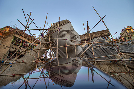 The largest Buddha statue of India is under development by artist Mintu Pal in Kolkata and will be finished prior to Bodh Gaya on Buddha Purnima. As per the Buddha International Welfare Mission, this statue is about 100 feet in length.