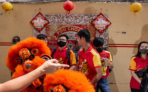 Chinese New Year is the most important festival in Chinese culture. It is celebrated on the new moon of the first month according to the lunar calendar and is a time for family reunions and scrumptious feasts.