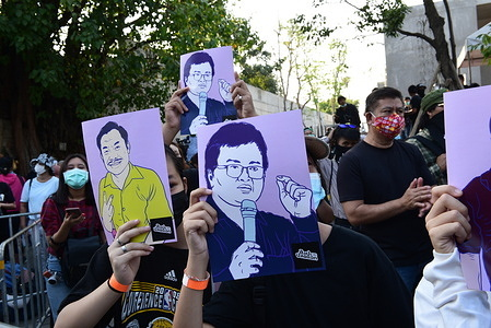 """Thailand : A pro-democracy protester organizes an """"out-of-trust debate"""" event after a vote is made on the distrust debate.  Gen. Prayut Prime Minister and 9 others in the cabinet  At the front of the Parliament Kiakkai, Bangkok on Saturday, February 20, 2021."""