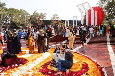 The nation pay tribute at the Martyr's Monument on the International Mother Language Day in Dhaka.The day is being observed around the world as UNESCO on November 17, 1999 recognised February 21 as the International Mother Language Day.