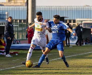 Serie C Championship - Marcello Torre Stadium, 20th day of recovery in Group C. The match between Paganese and Catania ends with the final result of 0-0. Contrast between Luca Calapai (26) Catania and Tommaso Squillace (3) Paganese Calcio 1926.
