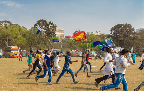 The Communist Party of India (Marxist) along with its other left wing tributaries and student unions  called for this 'Peoples Brigade'. Unlike previous years this time the left party held the hands of Indian National Congress (INC) and Indian Secular Front(ISF). The alliance with the newly emerging power of ISF led by Abbas Siddiqui,a prominent muslim face from the Furfura Sharif shrine,is quite notable and somewhat controversial for this brigade. Though it attracted a mass no of minority Muslims of Bengal towards the Brigade Parade Ground, the opposition didn't miss the chance to target the CPI(M) for its deviation from 'left ideology'. The brigade platform questioned both the state and central government of their corruption, bribery, abduction, nepotism and filthy communal politics and spoke for basic human rights,education rights,youth employment. Leaders of the allied power sent a strong message and proclaimed to make the acting government fall by erasing their existence null in a void. Apart from the leaders of respective political groups,eminent personalities from the tinsel town of Tollywood, directors, theatre artists were spotted on the gathering as they're said to be left ideologists.The brigade really turned into a mega show for CPI(M) as hundreds and thousands of peoples from the districs and outskirts made processions and gathered around that largest empty space centred around Kolkata.